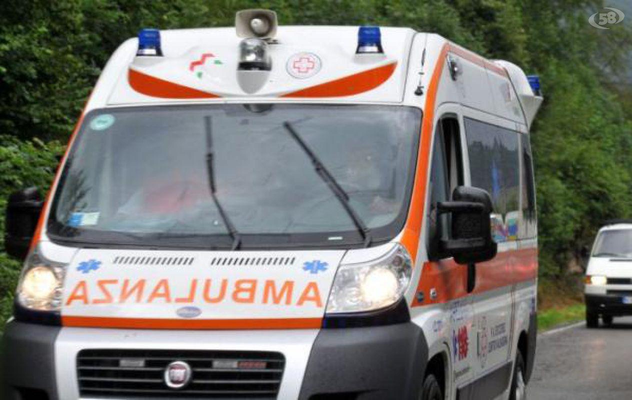 Matrimonio In Ambulanza : Matrimonio da incubo tutti intossicati al banchetto ricoverata